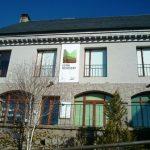 Oficina d'informació dins l'Espai Montseny